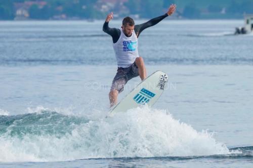 wakesurf035
